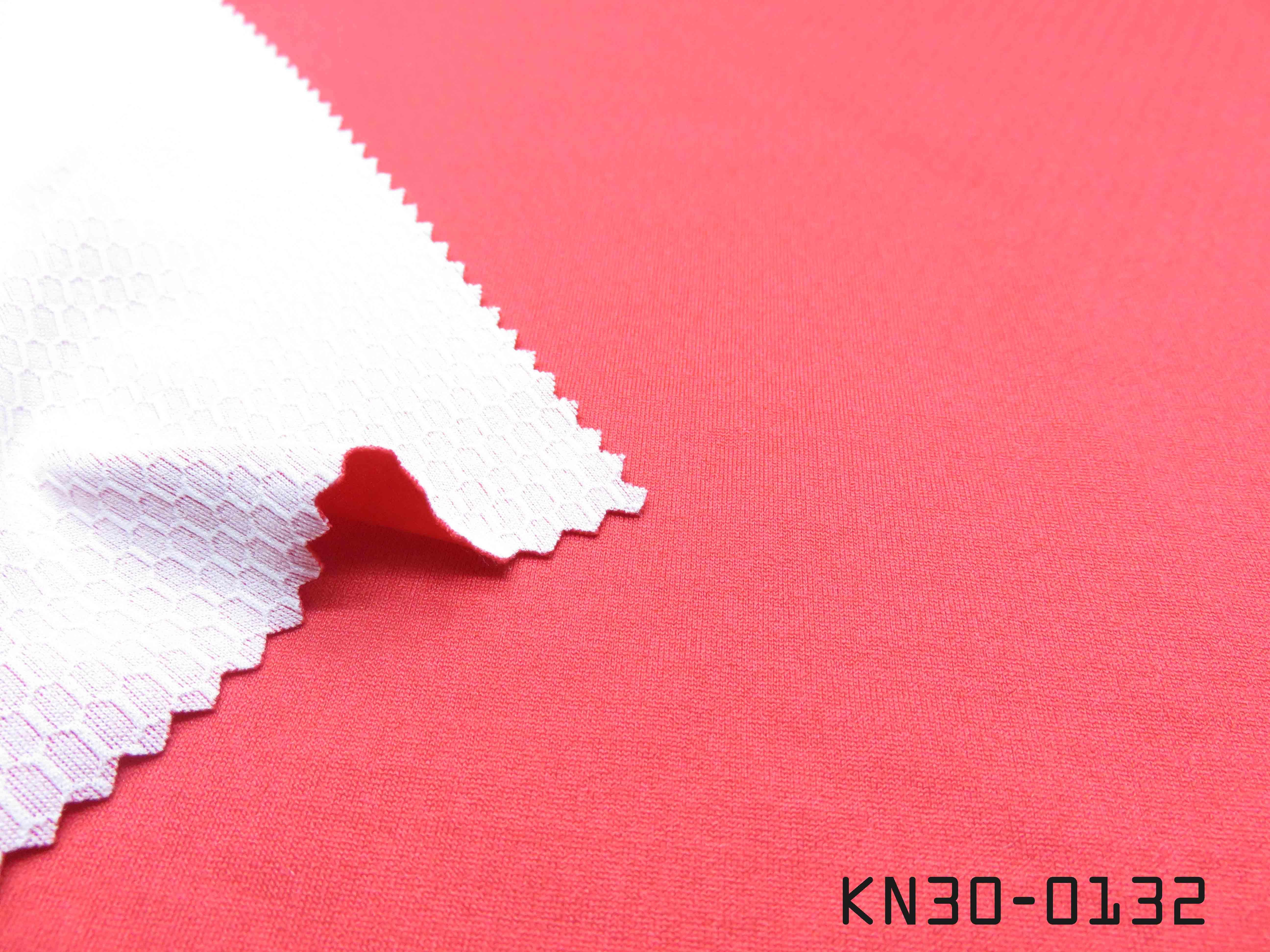 KN30-0132