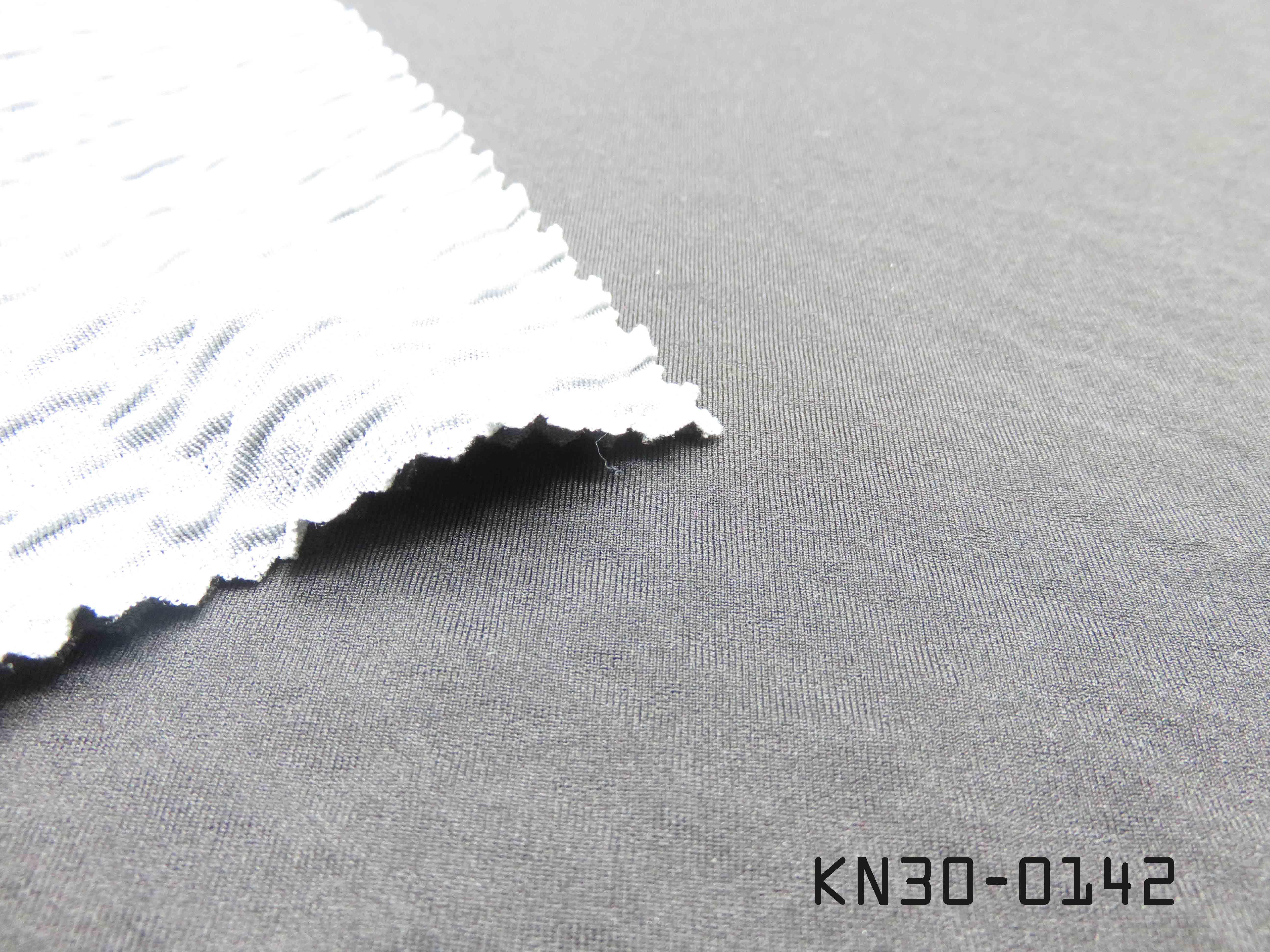 KN30-0142